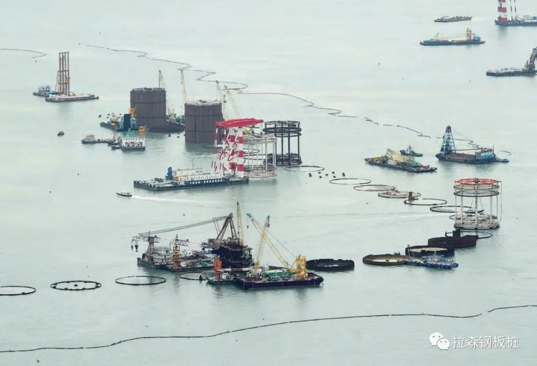 海中圆形无内撑钢板桩围堰施工技术